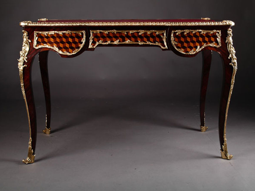 French bureau plat desk in the louis quinze baroque style for Bureau in french