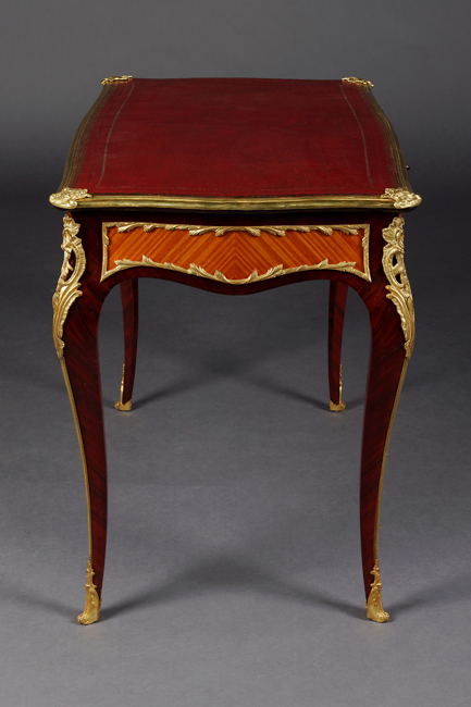 petite ladies bureau plat desk in the louis xv style ebay. Black Bedroom Furniture Sets. Home Design Ideas