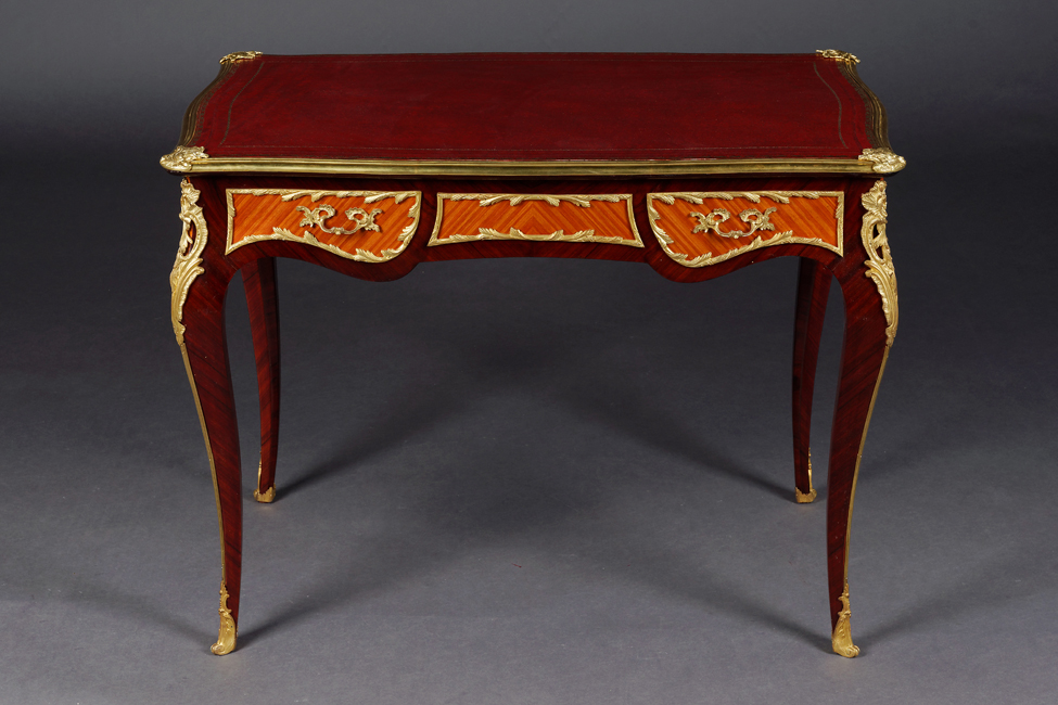 petite ladies bureau plat desk in the louis xv style ebay. Black Bedroom Furniture Sets. Home Design Ideas