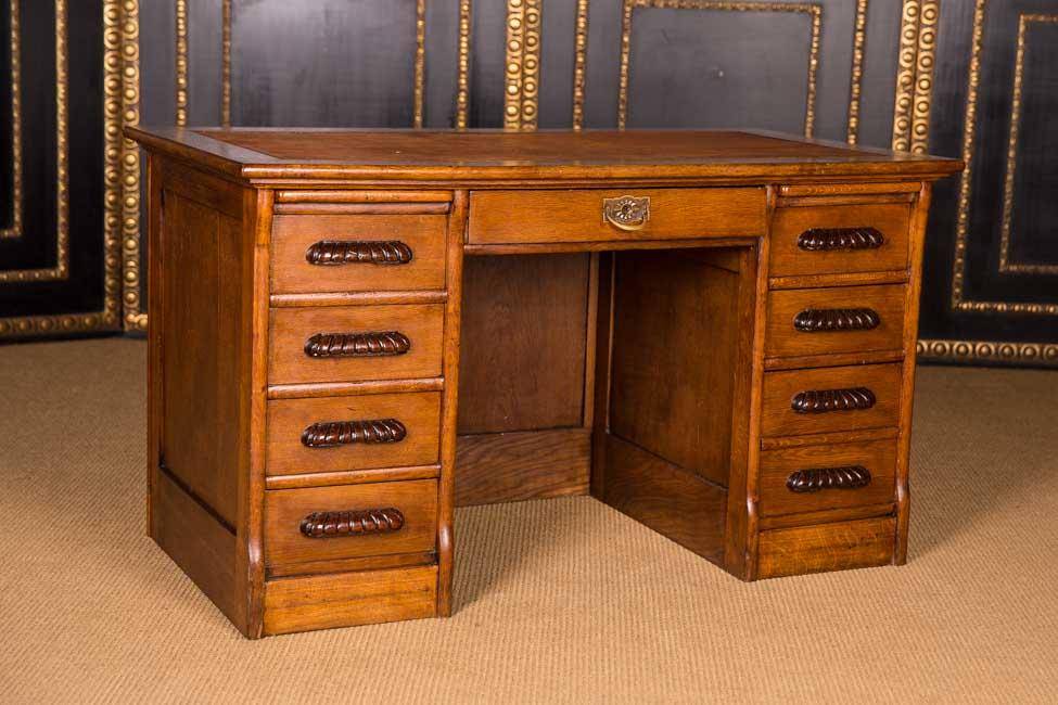 originaler antiker schreibtisch um 1900 im kolonial stil massive eiche ebay. Black Bedroom Furniture Sets. Home Design Ideas