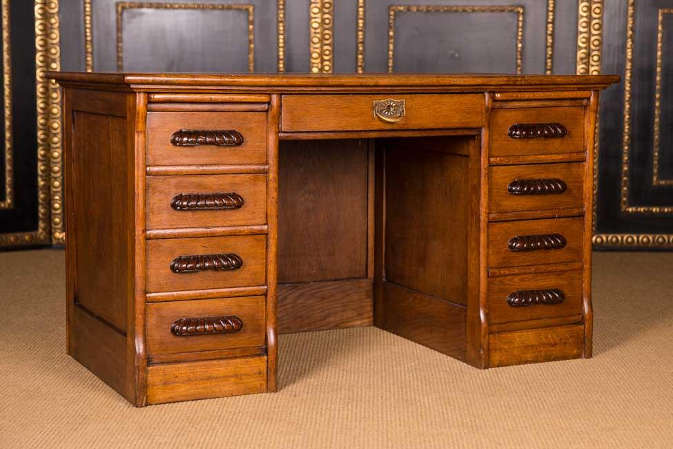 original antique desk um 1900 in the colonial style massive oak ebay. Black Bedroom Furniture Sets. Home Design Ideas