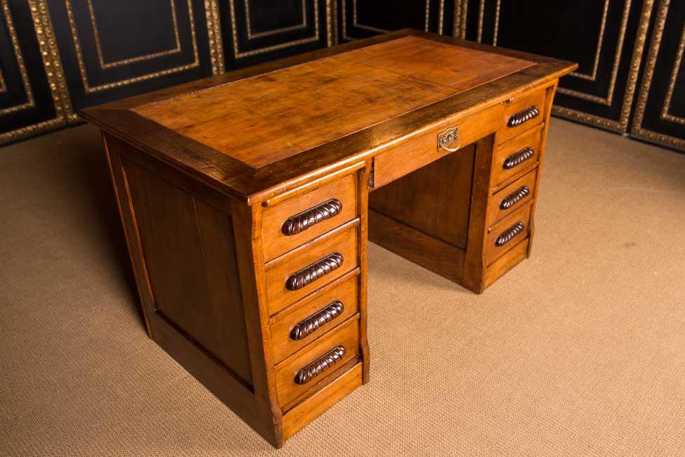 Original style ancien bureau um 1900 dans le style colonial style